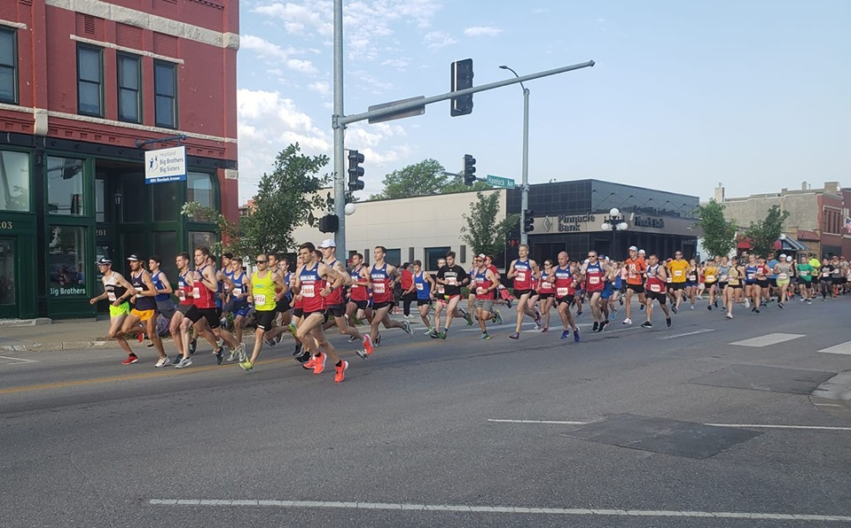 Lotta blue and red in that photo.  10k start